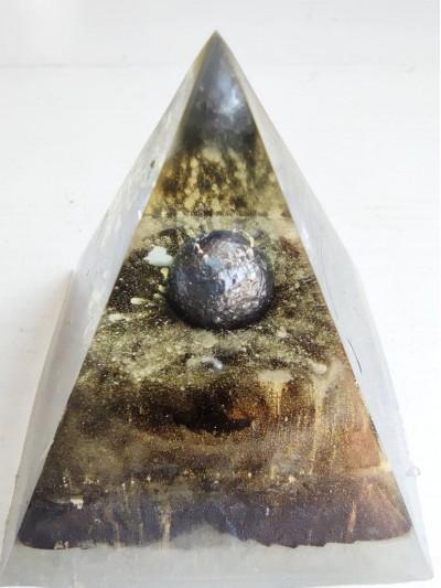 Оргонит пирамида за защита от лоша енергия и привличане на пари в дома View from Mercury XL