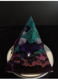 Оргонит пирамида за защита и късмет с аметист планински кристал и морион размер XL