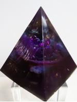 Оргонит пирамида с Аметист и Морион за защита късмет и магия размер XXL