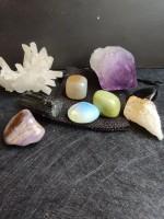 Талисмани и сувенири от полускъпоценни камъни